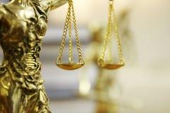 Staty av Lady Rättvisa (Justitia) Arkivfoto