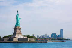 Staty av Liberty New York och Manhattan USA Arkivbild