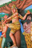 Staty av Lord Mahesh, Shiva på den Sri Mahamariamman templet royaltyfri bild