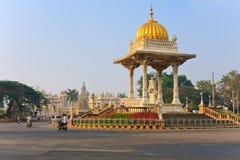 Staty av Maharaja Chamarajendar Wodeyar Arkivfoton