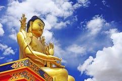 Staty av Maitreya på den Likir kloster Royaltyfri Fotografi