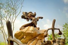 Staty av Mickey Mouse, Hong Kong Disneyland arkivfoto
