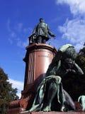 Staty av Otto von Bismark Arkivfoto