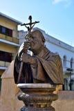 Staty av påven av John Paul II Arkivfoto