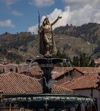 Staty av Pachacutec royaltyfria bilder