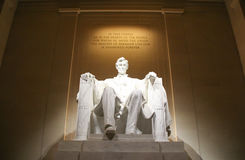 Staty av presidenten Abraham Lincoln Royaltyfri Bild
