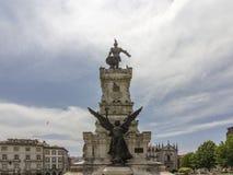Staty av prinsen Henry i navigatören Monument på trädgårdfyrkant Fotografering för Bildbyråer