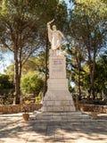 Staty av profeten Elijah på monteringskaramell, Royaltyfri Foto
