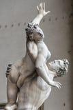 Staty av Ratto delle Sabine, loggiade Lanzi, piazzadellaSig Royaltyfri Foto
