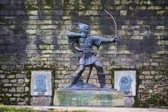 Staty av Robin Hood Arkivfoton