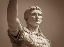 Staty av Roman Emperor Augustus arkivbild