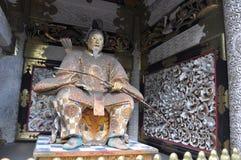 Staty av shogunen Ieyasu på den Toshogu relikskrin, Nikko Royaltyfria Bilder