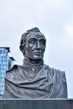 Staty av Simon Bolivar på framdel av den norr järnvägsstationen i Bryssel Arkivfoton
