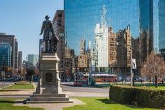 Staty av Sir John A. Macdonald i Toronto Royaltyfri Bild