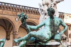 Staty av springbrunnen av det neptune slutet upp Arkivfoto