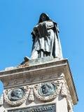 Staty av St Bruno i Campoen di Fiori i Rome Italien Arkivfoto