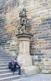 Staty av St Josef med Jesus från skulptör M J Brokoff royaltyfri bild