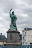 Staty av St Peter i Amiens, Frankrike Arkivfoton