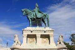 Staty av St Stephen I. Royaltyfria Foton