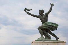 Staty av torchen-bearer på den Gellert kullen, Budapest Royaltyfri Foto