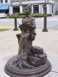 Staty av unga Abraham Lincoln i Bardstown Kentucky Arkivfoton