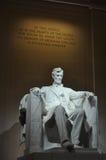 Staty av USA-presidenten Abraham Lincoln inom Lincoln Memori Arkivbild
