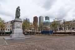 Staty av Willem av apelsinen på Pleinen Haag Fotografering för Bildbyråer