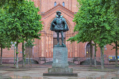 Staty av William I, prins av apelsinen, i Wiesbaden, Tyskland Arkivbilder