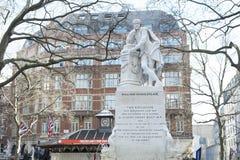 Staty av William Shakespeare Royaltyfri Bild