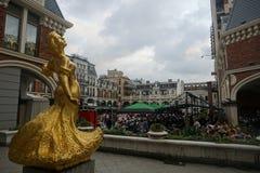Staty för Batumi piazzakvinnor royaltyfria foton