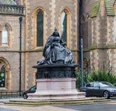 Staty för för Dundee stads- & drottning Victoria ` s i Alberta Square arkivbilder