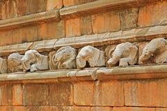Staty för elefant för Abhayagiri Dagoba ` s, arv för Sri Lanka UNESCOvärld Royaltyfria Bilder