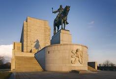 """Staty för ka för ¾ för Januari Å ½iÅ på Vitkov kulle†""""den största rid- statyn i världen arkivfoto"""