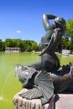 Staty för Madrid Sirena sobrePez mermaid i Retiro Royaltyfri Foto