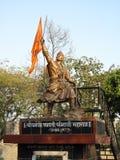 Staty för Maratha konung Chatrapati Sambhaji Maharaj royaltyfria foton