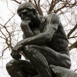 Staty för Rodin ` s av tänkaren, Philadelphia, PA royaltyfri bild