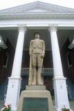 Staty framme av den Petersburg domstolsbyggnaden på USA-rutt 55, Petersburg, VA Fotografering för Bildbyråer