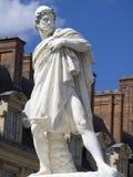 Staty i borggården av slotten av Fontainebleau, Frankrike Arkivfoto