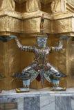 Staty i den buddistiska templet Arkivfoton