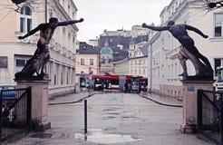 Staty i den Mirabell trädgården i Salzburgen, Österrike Arkivfoto
