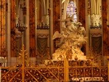 Staty i fransk kyrka Arkivbilder