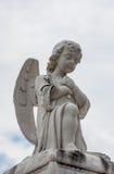 Staty i kyrkogård Fotografering för Bildbyråer