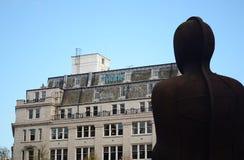 Staty i mitten av Birmingham Arkivfoto