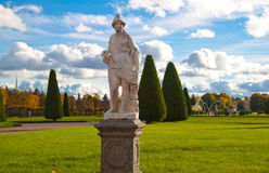 Staty i parken Royaltyfria Foton