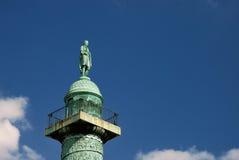 Staty på den fyrkantiga Vendomen Arkivfoton