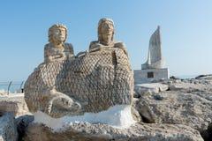 Staty på port - Ascoli Piceno - Italien arkivfoto