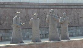 Staty på sjösidan av ChengShanTou Arkivbild