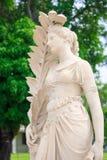 Staty på smällPA i slott Arkivfoton
