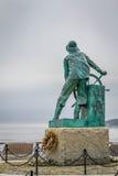 Staty som firar minnet av fiskaren som är borttappad på havet, Gloucester, Massachusetts, USA, Arkivbilder