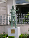 Staty till Herbert Von Karajan i Salzburg Österrike arkivfoton